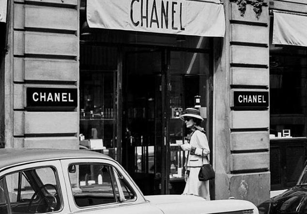 Vintage Chanel Fashion Shows