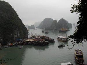 Surprise Cave, Ha Long Bay, Vietnam